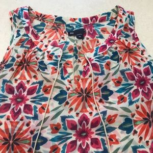 Colorful summer top from the Gap in XS
